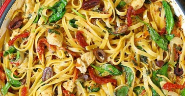 laurel-leaf-in-pasta