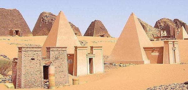 Nubian-Pyramids